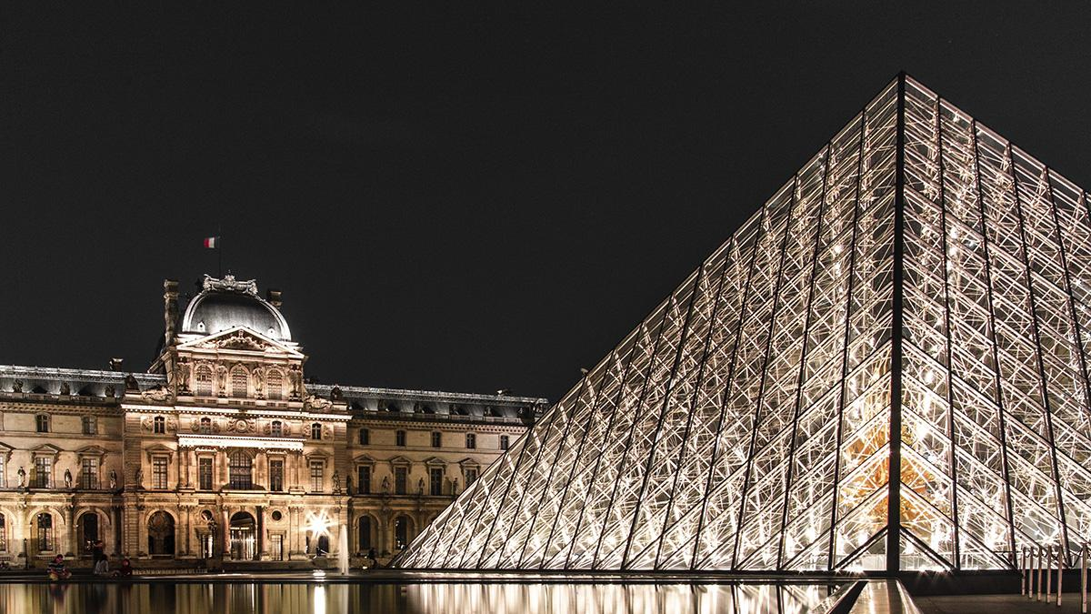 8 THINGS TO DO IN PARIS FOR COUPLES